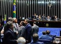 Aprovado limite a punição de municípios que tiveram queda de receita.