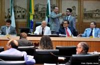 Câmara de Natal rejeita emendas que aumentam percentual do PIB na Educação.