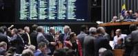 Câmara dos Deputados aprova projeto sobre renegociação das dívidas dos estados e do DF.