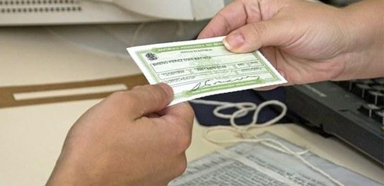 Cartórios eleitorais reabrem inscrição eleitoral e transferência de domicílio!