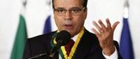 Henrique Alves pode sair antes, diz colunista.